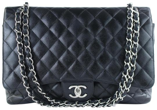 Preload https://img-static.tradesy.com/item/23578781/chanel-classic-flap-quilted-caviar-maxi-3ct1012-black-leather-cross-body-bag-0-1-540-540.jpg