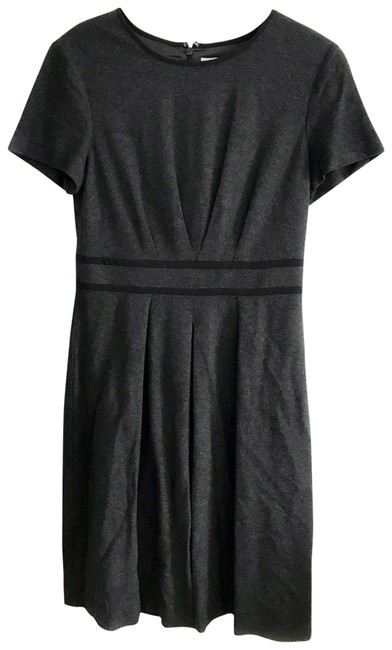 Preload https://img-static.tradesy.com/item/23579086/trina-turk-greyblack-legal-fit-and-mid-length-workoffice-dress-size-6-s-0-1-650-650.jpg