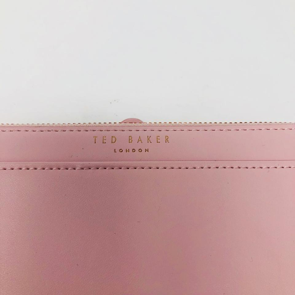 933d6be571092a Ted Baker TED BAKER MATINEE FRENCH BULLDOG WALLET Image 9. 12345678910