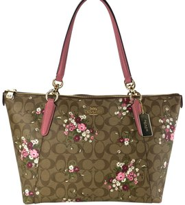 Coach Bags Bags Tote in Multicolor