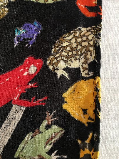 Nicole Miller Nicole Miller Tropical Frogs Large Scarf