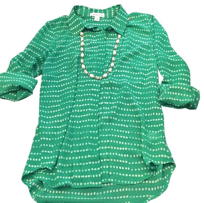 Preload https://img-static.tradesy.com/item/23580050/coldwater-creek-greenwhite-blouse-size-10-m-0-1-650-650.jpg