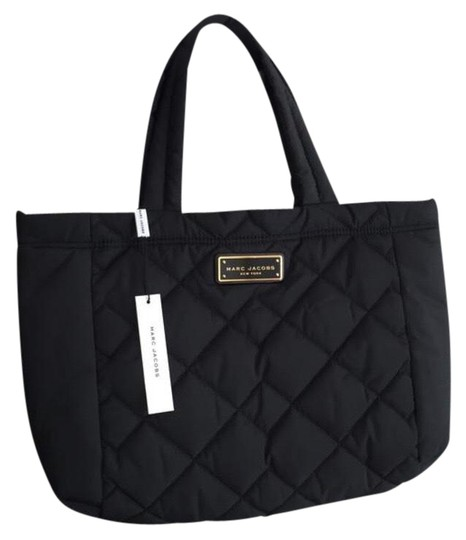 Preload https://img-static.tradesy.com/item/23580265/marc-jacobs-quilted-nwt-nylon-black-polyester-tote-0-1-540-540.jpg