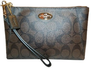 Coach New Signature Large Cluch Wristlet in Dark Brown/Black/Gold