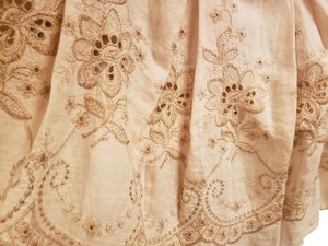 120% Lino Embroidered Flared Style Side Closure 3/4 Length Skirt light pink
