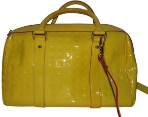 Arcadia Excellent Condition Two-way Style Xl Satchel/Crossbody Italian Made Pop Of Color Satchel in yellow patent leather