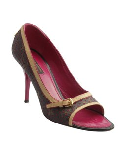8ebe2ec218 Women's Louis Vuitton Shoes - Up to 90% off at Tradesy