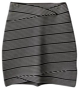 BCBGMAXAZRIA Mini Skirt black/white