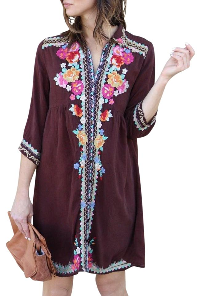 7b4e49d95fe799 Johnny Was short dress Maroon Bold Embroidery Buttondown Closure 3 4  Sleeves Optional Slip Pintucks ...