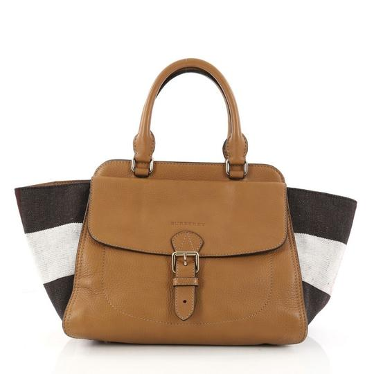 Preload https://img-static.tradesy.com/item/23587112/burberry-harcourt-convertible-and-mega-check-canvas-medium-camel-leather-satchel-0-0-540-540.jpg