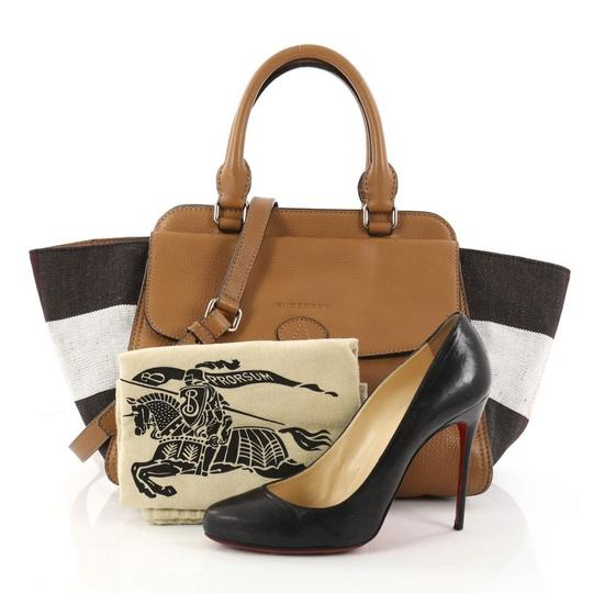Burberry Leather Satchel in camel Image 1