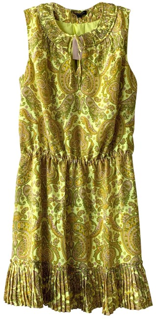 Item - Yellow New Paisley Pleated Mid-length Short Casual Dress Size Petite 12 (L)