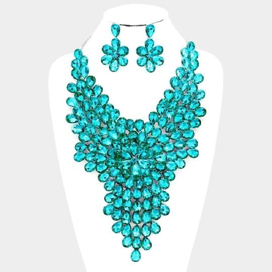 Other Teardrop Crystal and Rhineston Cluster Vine Statement Evening Necklace Image 2