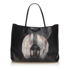 Givenchy 8fgvto001 Tote in Black