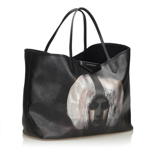 Givenchy 8fgvto001 Tote in Black Image 1