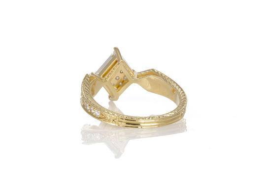 Unknown 18k Yellow Gold & Portrait Cut Diamond Fashion Ring Image 2