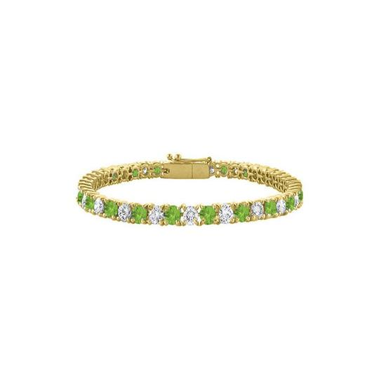 Preload https://img-static.tradesy.com/item/23588803/green-peridot-tennis-10ct-tgw-on-yellow-vermeil-bracelet-0-0-540-540.jpg
