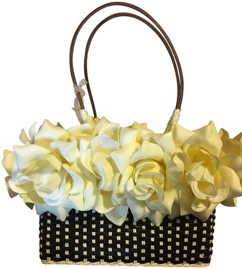 Preload https://img-static.tradesy.com/item/23589330/trim-black-and-cream-with-yellow-roses-raffia-satchel-0-1-540-540.jpg
