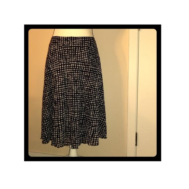 Item - Black & White Windward Skirt Size 12 (L, 32, 33)