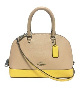 Coach F55450 Shoulder Bag
