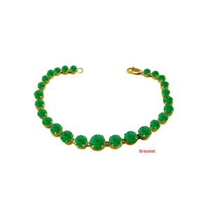DesignerByVeronica May Birthstone Prong Set Emerald Bracelet in Yellow Silver