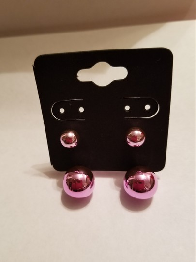 Xquisite by DESIGN 2 PAIR / Double BALL STUD EARRINGS GOLD & FUSHSIA Image 2