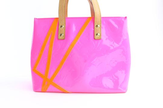 Louis Vuitton Leade Lead Read Columbus Tote in Neon Pink Image 8