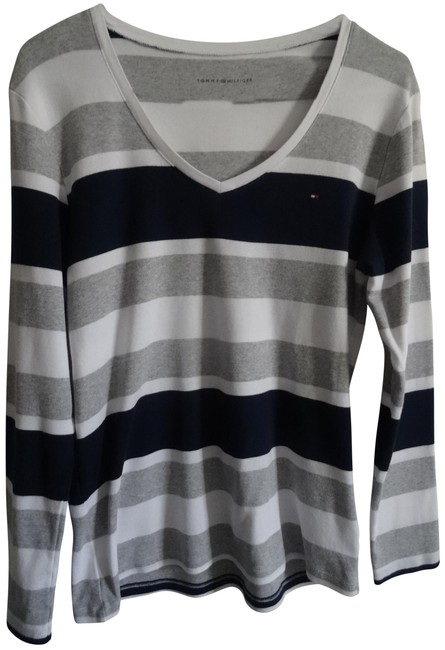 Preload https://img-static.tradesy.com/item/23591108/tommy-hilfiger-navy-blue-and-white-tee-shirt-size-12-l-0-1-650-650.jpg