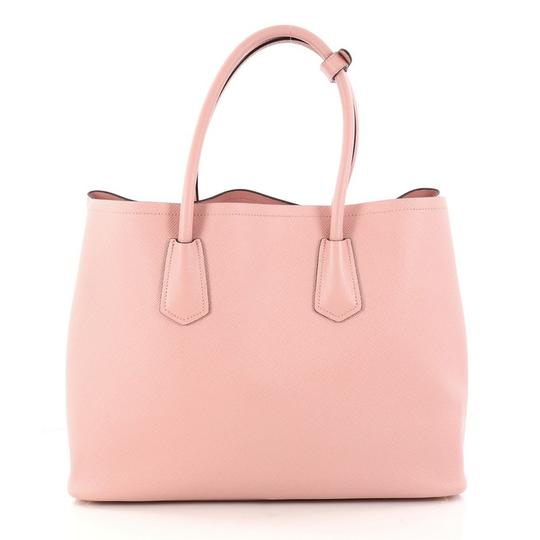 Prada Leather Tote in pink Image 3