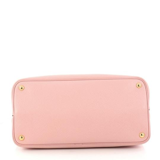Prada Leather Tote in pink Image 4