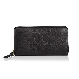 Tory Burch NEW TORY BURCH BLACK LOGO LEATHER CONTINENTAL ZIP WALLET BAG NWT