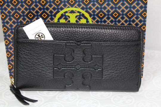 Tory Burch NEW TORY BURCH BLACK LOGO LEATHER CONTINENTAL ZIP WALLET BAG NWT Image 3