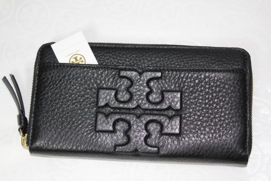 Tory Burch NEW TORY BURCH BLACK LOGO LEATHER CONTINENTAL ZIP WALLET BAG NWT Image 4
