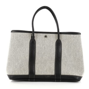 Hermès Leather Tote in Off-white and Black