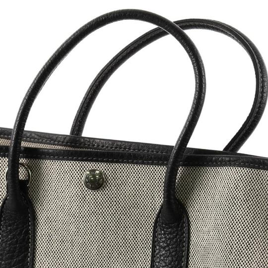 Hermès Leather Tote in Off-white and Black Image 7