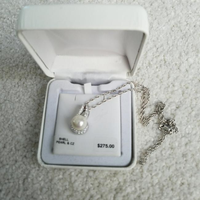 Pearl with Silver Chain Ss Wht Sim & Cz Pd Necklace Pearl with Silver Chain Ss Wht Sim & Cz Pd Necklace Image 1