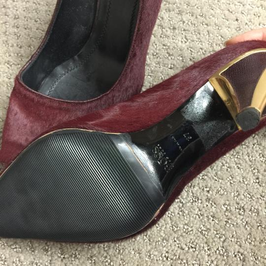 hugo Boss Hugoboss Gold Accent Stylish Red Wine Pumps