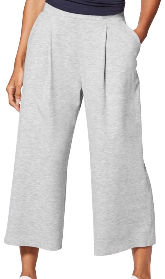 39930e2a7ad89 Lululemon Heathered Power Grey Can You Feel The Pleats Activewear Bottoms