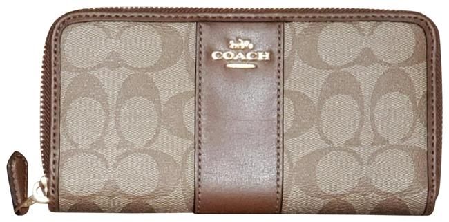 Coach Brown Accordion Zip In Signature F 54007 54630 Wallet Coach Brown Accordion Zip In Signature F 54007 54630 Wallet Image 1