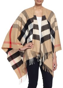 Burberry Check Wool Cape