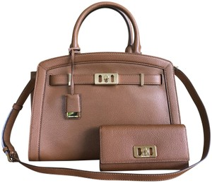 e86eb73bc284 Michael Kors Set 2 Pcs Karson Large Satchel and Matching Wallet ...