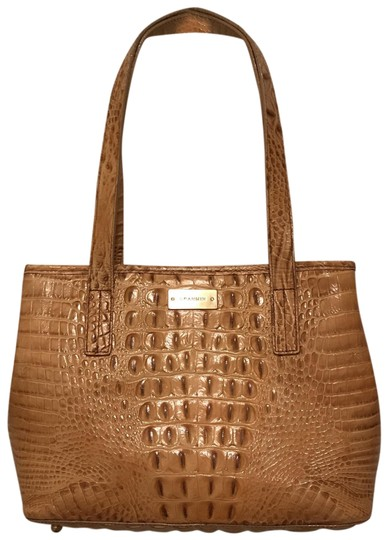 Preload https://img-static.tradesy.com/item/23595497/brahmin-expandable-sides-croc-embossed-beige-yellow-leather-tote-0-1-540-540.jpg