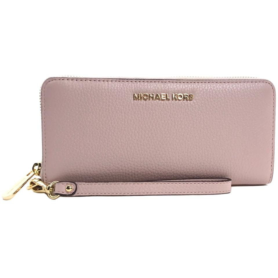 53afaebd6efd Michael Kors MICHAEL KORS Jet Set Travel Leather Zip Around Continental  Wallet Image 0 ...