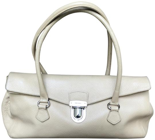 Preload https://img-static.tradesy.com/item/23595773/prada-handbag-cream-pebbled-leather-satchel-0-1-540-540.jpg