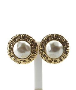 Chanel Chanel Gold-tone Faux Pearl Earrings (152098)