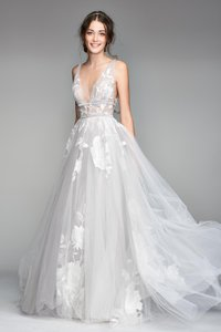 BHLDN Silver Tulle Hearst / Willowby By Watters - Style #44638658 Modern Wedding Dress Size 8 (M)