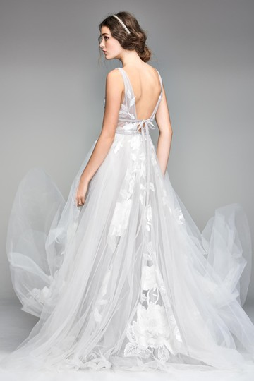 BHLDN Silver Tulle Hearst / Willowby By Watters - Style #44638658 Modern Wedding Dress Size 8 (M) Image 1