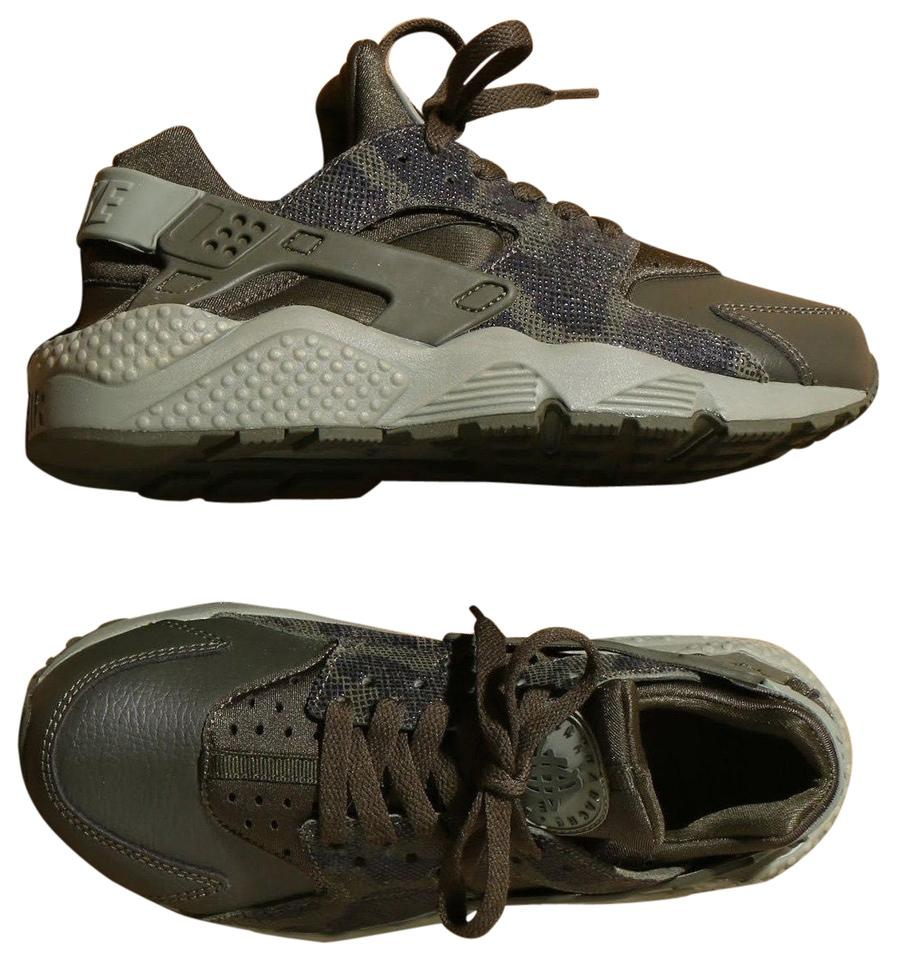 a5196c69d019 Nike Women s Air Huarache Run Premium Running Are A Unique Sneaker ...