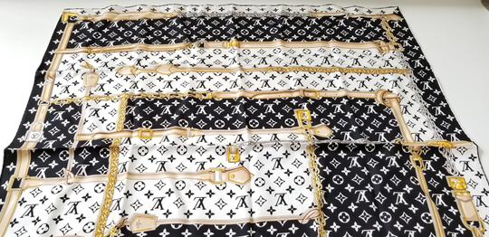 Louis Vuitton NEW LV Monogram Confidential Bandeau large square scarf wrap Image 6