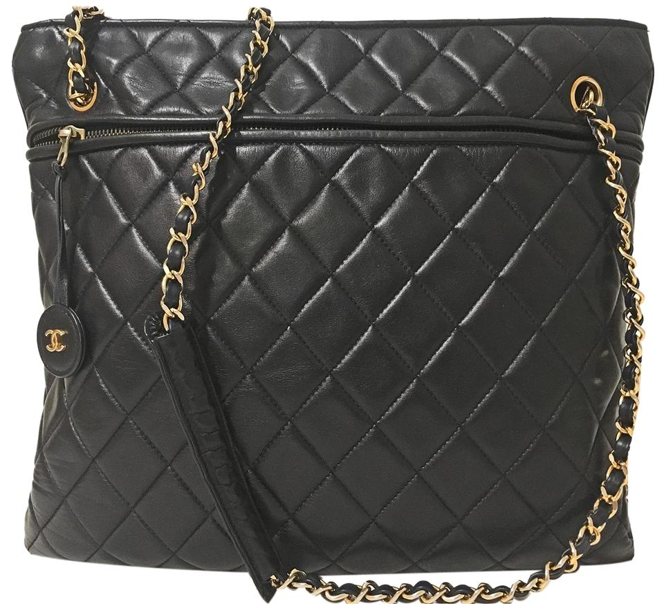 0cd1c452d279 Chanel Quilted Vintage Tote / - Navy Blue Leather Cross Body Bag ...